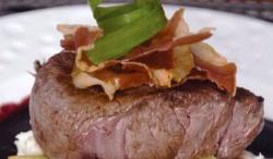 В Лондонском ресторане съедят первый в истории кусок мяса из стволовых клеток