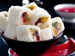 Японский десерт - сладкие роллы