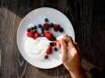 Йогурты содержат больше сахара, чем кока-кола